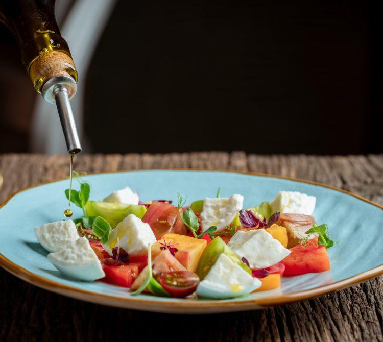 Tomates, mozzarella. Restaurant le M, Genève